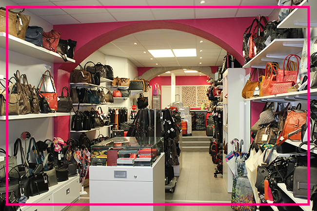 Interieur magasin vanity maroquinerie belley balld et vous - Revue de decoration interieure ...