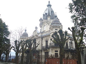 Château la Roche du Roi ballad et vous